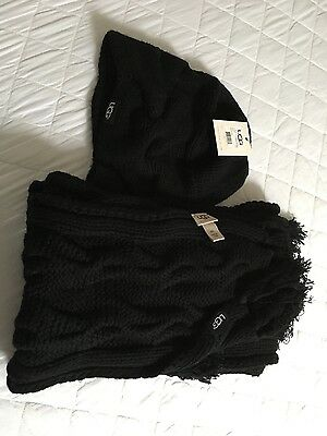 UGG hat and scarf, knitted, black.