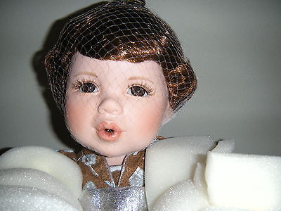 """Marie Osmond """"HERSHEY'S KISSES"""" 12"""" Sitting 2004 Collectible Doll 3428/5000 7 +"""