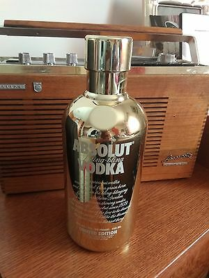 Absolut Vodka Gold Limited Edition Case Botl.(1009)