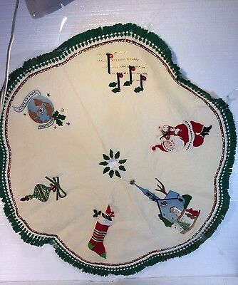 Vintage Hand Made Decorated Felt Tree Skirt Christmas Holiday