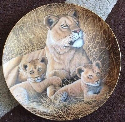 The Franklin Mint African Lioness  By Michael Matherly Limited Edition #PD1159