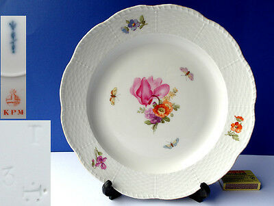 KPM Porcelain Plate Old Osier Rim Flower Butterfly, Year 1919 N1 G151