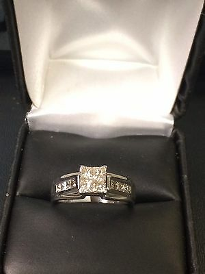 Gorgeous Well Made 14KT 585 White Gold Ring With Nice Square Cut Diamonds