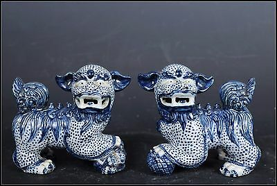 A Pair Beautiful Chinese Blue and White Porcelain Foo Dogs Statues