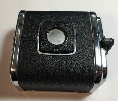 HASSELBLAD A24 FILM BACK 220 6x6 -- MATCHING INSERT