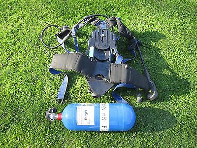 Drager AirBoss PSS 100 SERIES SCBA HARNESS and Panorama Nova mask