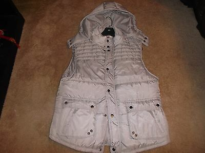 Saks Fifth Avenue Mens Puffer Vest w/attached hood size XL NWT