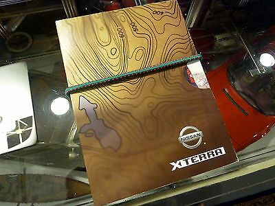2005 Nissan Xterra Press Kit with thermometer and compass caribiner clip - Nice!