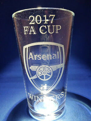 ARSENAL 2017 FA CUP  WINNERS Etched Pint Glass