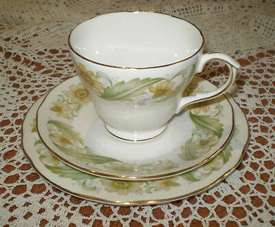 Vintage Duchess ~ Greensleeves ~ Bone China Trio ~ 4 Available ~