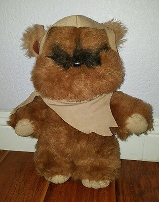 "Vintage 1983 Kenner Star Wars WICKET THE EWOK Return Of The Jedi 15"" Plush Cape"