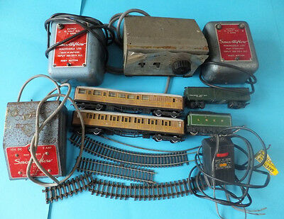 Job Lot Vintage Train Carriages Smooth Flow Train Parts Power Units Hornby Etc