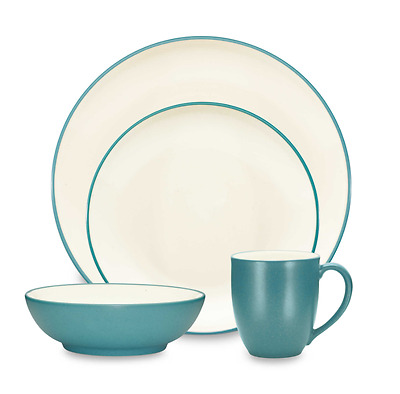 Noritake 16 Piece Set Colorwave Coupe Turquoise Color Dinner Service Set