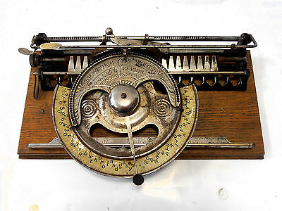 Antigua maquina de escribir THE WORLD  Macchina da scrivere rare TYPEWRITER