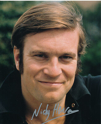 Nicky Henson In Person Signed Photo - HANDSOME!!!! - AG259