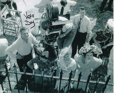 Vera Day In Person Signed Photo - The Prince and the Showgirl - AG272
