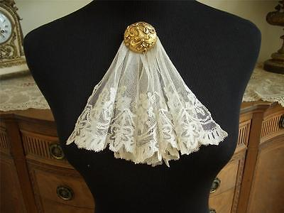 DAINTY Antique VTG IRISH CARRICKMACROSS MUSLIN APPLIQUE NET LACE JABOT DRESS FT