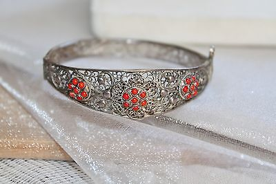 Chinese ETRUSCAN Sterling Silver Red CORAL FILIGREE Hinged Bangle Bracelet