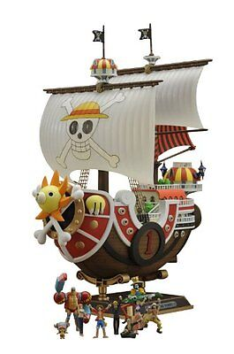 Bandai ONE PIECE Thousand Sunny Ship Plastic Model kit w/ 9 small figures Japan