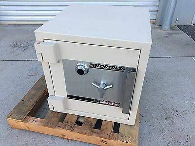 Security Safe / Fortress / Combination Lock / Two Internal Lockable Comartments.