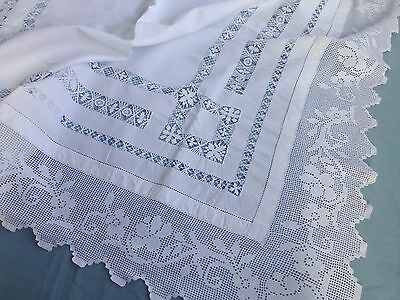 Antique Edwardian hand made Tenerife lace tea tablecloth hand crochet lace edge