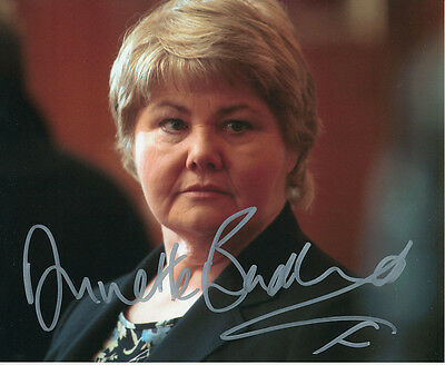 Annette Badland In Person Signed Photo - Doctor Who - AG371