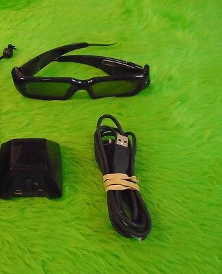NVIDIA 3D VISION GLASSES KIT Includes IR Unit Wireless Emitter *x 073