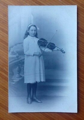 Vintage* Young girl with a violin and bow. Real photo.  Edwardian ?