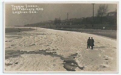 LEIGH ON SEA River Thames frozen over in 1929 Unused RP Postcard c1933