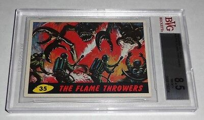 1962 Mars Attacks The Flame Throwers # 35 NM-MT+ BVG BGS 8.5 Like PSA UFO Aliens