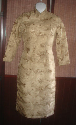 Vintage 1940' Chinese tradition Hand Made Worm silk & filled in Long Cheongsam