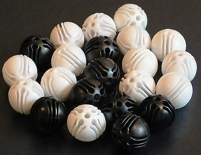 "ELLO BALL CONNECTERS x 22 "" WHITE / BLACK"".  VGC. UK DISPATCH"