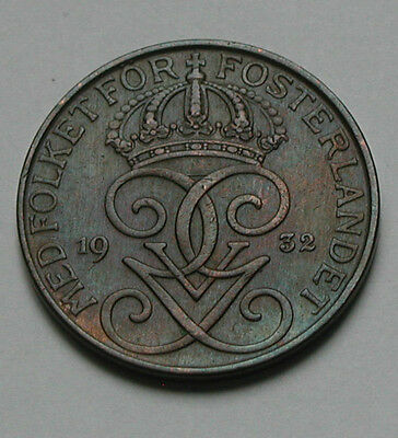 1932 SWEDEN Gustaf V Coin - 5 Ore - once cleaned - faint blue color iridescence