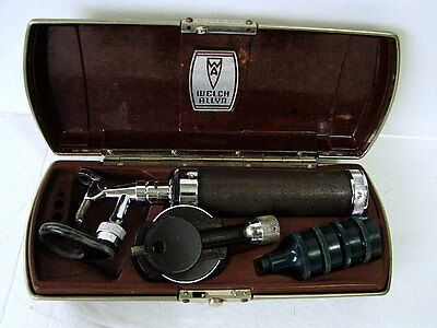 Vintage Welch Allyn Otoscope Opthalmascope Bakelite Case WORKS Ear Scope