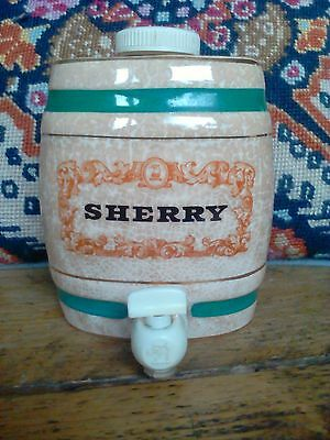 Vintage Retro Wade Pottery Sherry Barrel Made in England.