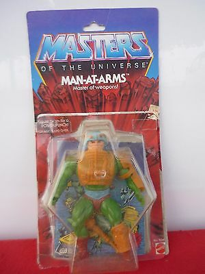 MOTU Masters of the universe Man At Arms 8 back RED DOT + Card, Booklet, Bubble