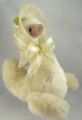 ANNETTE FUNICELLO Plush Goose MOTHER GOOSEBEARIES Wears Straw Bonnet