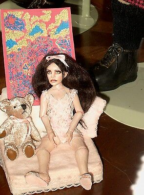 Miniature Bjd By Cindi Cannon  One Of A Kind Sofa, Bear, Picture Included
