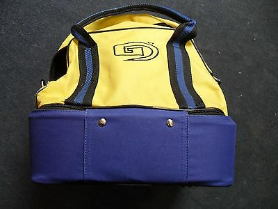 23.99 NEW  BOWLS BAG  crown or lawn   Mens Ladies Four Bowls   Bag