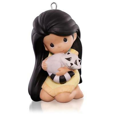 Hallmark 2015 * Disney Pocahontas * Precious Moments * Meeko * Limited*ornament