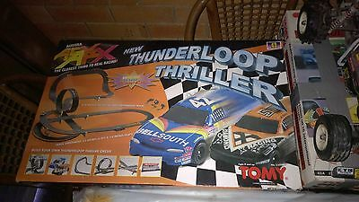Afx Thunderloop Thriller Slot Car Set