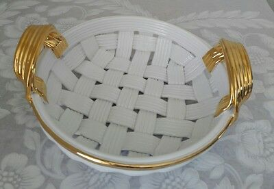 Capodimonte Porcelain White  Woven Basket/gold Trim And Handles.  Made In Italy.
