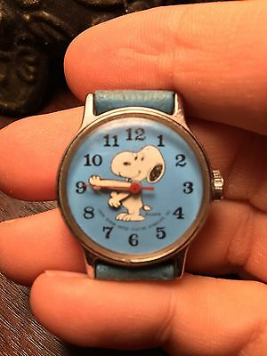 Vintage 1958 Snoopy Wind Up Manual Kids Watch BLUE RUNS Works