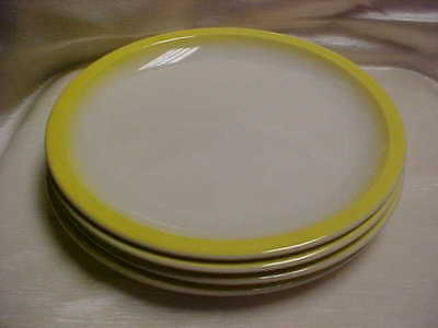 1970's Taylor Smith Taylor Old Town Yellow Pattern Dinner Plate lot of 4 pieces