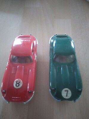 Jouef Circuit 24 2 x Jaguar E type Green & Red Verte & Rouge