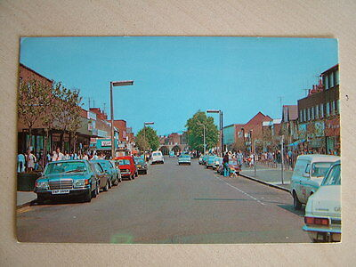 Postcard - QUEEN'S WAY, BLETCHLEY. Unused. Standard size.