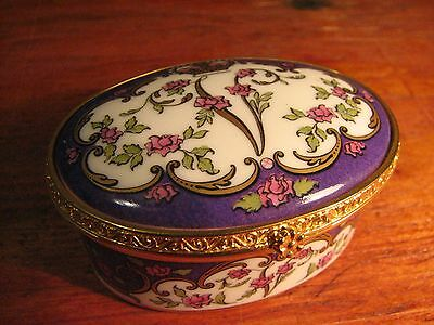 queen victoria commemorative covered oval box-royal collection