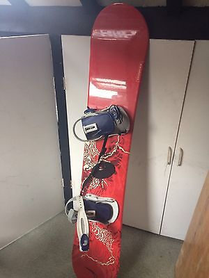 Solomon Snowboard 139cm with bag