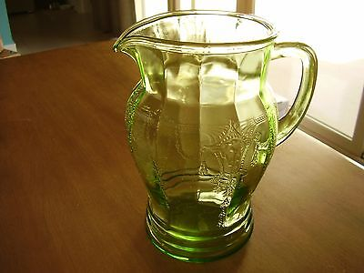"""Cameo Ballerina Green Depression Glass Pitcher 8 1/2"""" 56 Ounce FREE SHIPPING."""