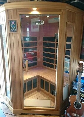 Helo IG-570-BH 3 person Infrared Sauna